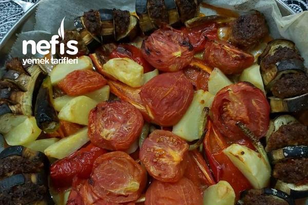 Patlıcanlı Yelpaze Kebabı (Resimli Anlatım) Tarifi