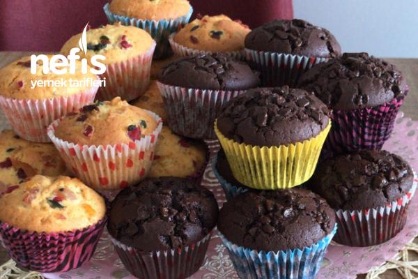 Meyveli Çikolata Parçacıklı Muffin