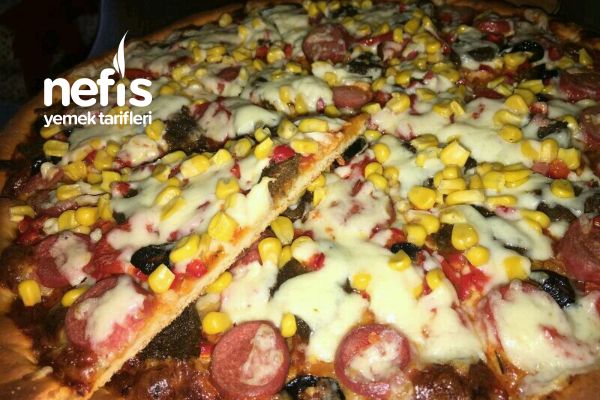 Dominosa Taş Çıkaran Pizza (İsterseniz Dondurucuda) Tarifi