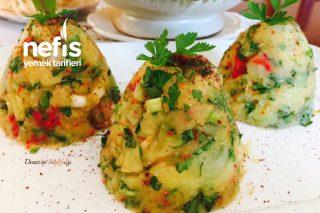 Közlenmiş Kırmızı Biberli Patates Salatası Tarifi