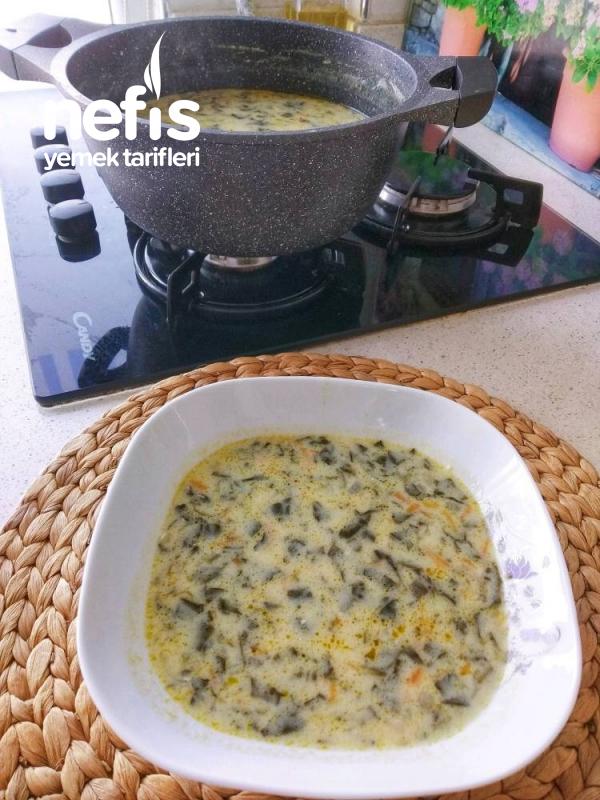 Ispanak Çorbası (çok besleyici)