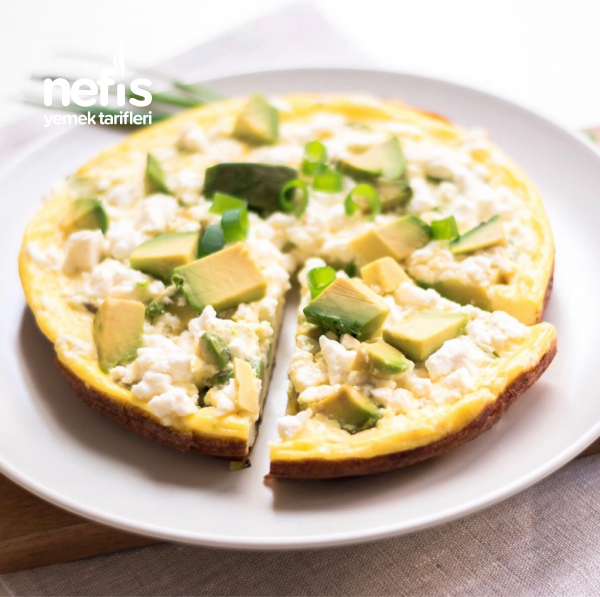Avokado Ve Feta Peynirli Frittata (İtalyan Omleti)