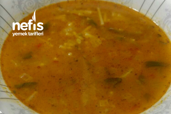 Kemik Sulu Ispanak Çorbası Tarifi