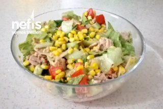 Ton Balıklı Salata (Videolu) Tarifi