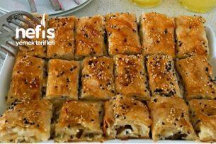 Peynirli Puf Börek (Farklı Sosuyla) Tarifi