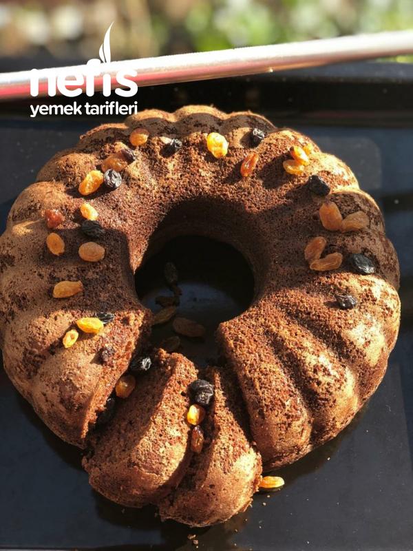 Üzümlü Damla Çikolatalı Kek