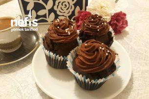 Yoğun Çikolatalı Cup Cake Tarifi