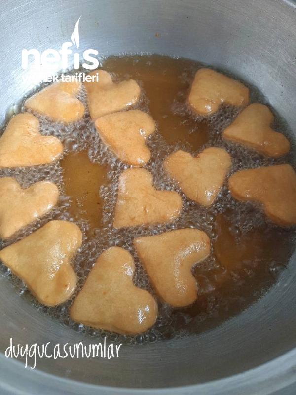 Kalpli Pişi (Pratik Hamur Kızartması)