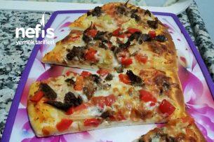 Kavurmalı Pide (Pizza Tadında) Tarifi
