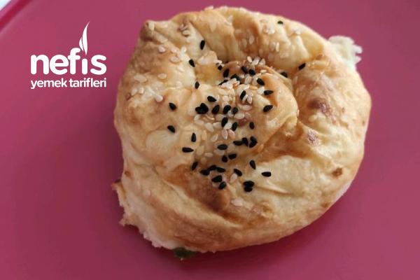 Puf Puf Kabaran Gül Böreği Tarifi