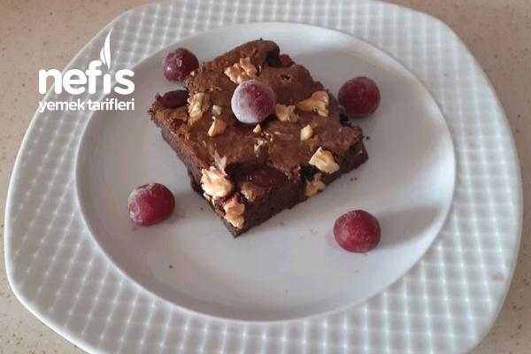 Suffle Tadında Vişneli Cevizli Browni (Videolu)
