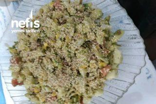 Yeşil Elmalı Avakado Salatası Tarifi