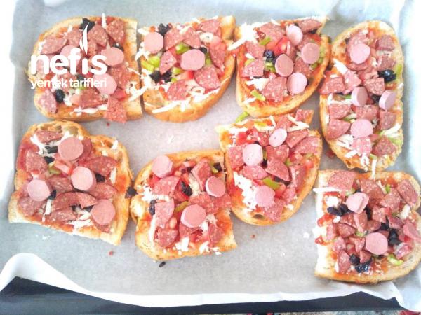 Ekmek Pizzalar (Kahvaltılık)