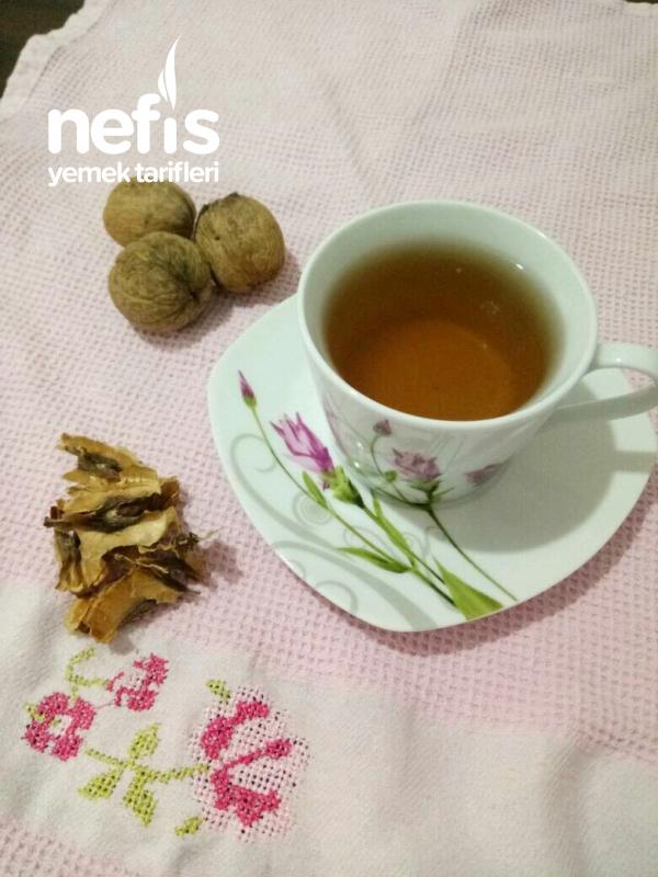 Öksürük İçin Ceviz Çayı