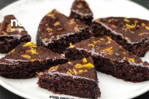 Çikolata Soslu Muhteşem Pamuk Kek Tarifi