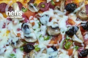 Mis Gibi Ev Yapımı Anne Pizzası Tarifi
