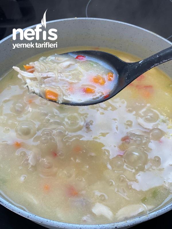 Sebzeli Tel Sehriyeli Muhteşem Tavuk Çorba