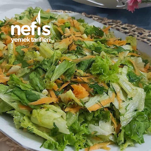 Bol Havuçlu Kıvırcık Salata