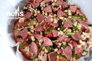 Can Kurtaran Pizza (Derin Dondurucuda Saklanabilengillerden) Tarifi
