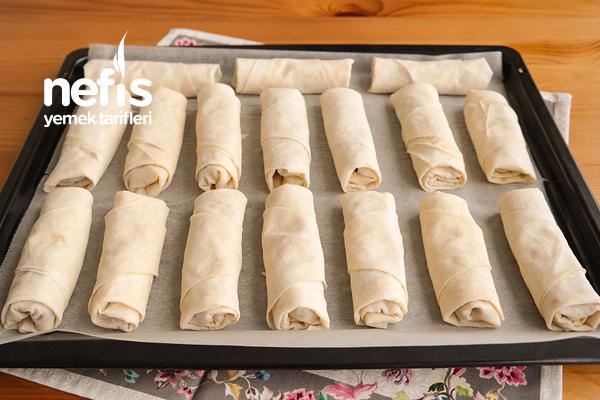 Hazır Yufka İle Yapılmış Patlıcanlı Börek