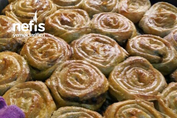 Ispanaklı Gül Böreği Tarifi
