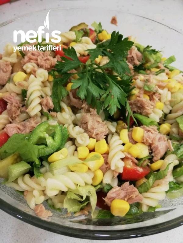 Kolay Ton Balıklı Makarna Salatası