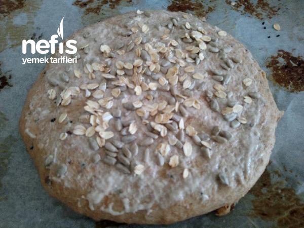 Enfes Sütlü Cevizli Ekşi Mayalı Kepekli Ekmek