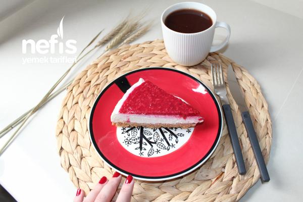 Frambuazlı Cheesecake (Pişmeyen Tarif)