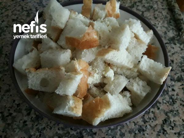 Tavada Bayat Ekmekten börek