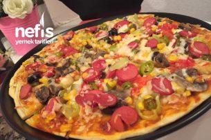 Ev Yapımı Pizza Çok Lezzetli (videolu) Tarifi