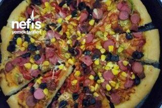 Bol Malzemeli Dolu Dolu Pizza Tarifi