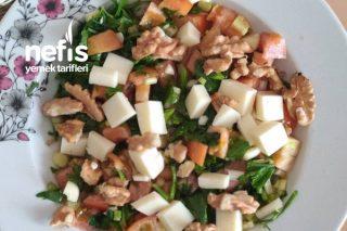 Diyet Yapanlar İçin Tok Tutan Salata Tarifi