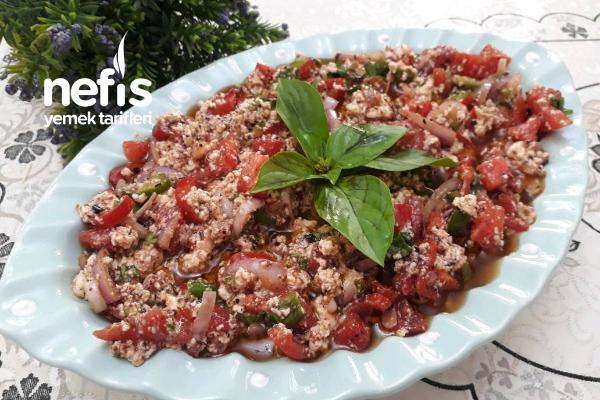 Antakya Usulü Mükemmel Çökelek Salatası Tarifi