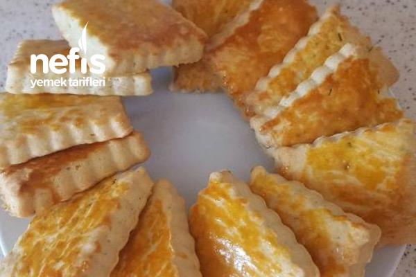 Poğaça Tadında Tuzlu Pasta Tarifi
