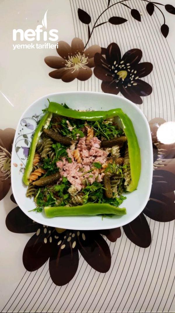 Sebzeli Ton Balıklı Diyete Uygun Makarna Tabağı
