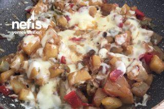 Kaşarlı Patates Kavurması( Pratik Kahvaltılık) Tarifi