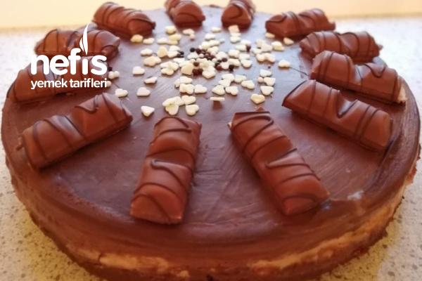 Kinder Çikolatalı Ve Buenolu Pastam Tarifi