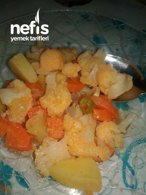 Sulu Karnabahar Yemeği