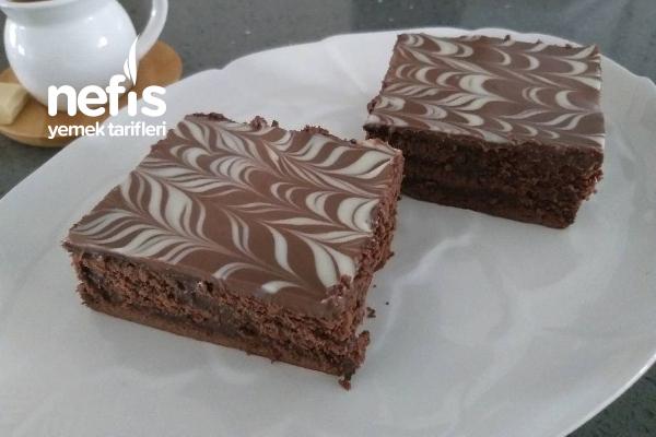 Fırınsız Bol Çikolatalı Pasta Tarifi