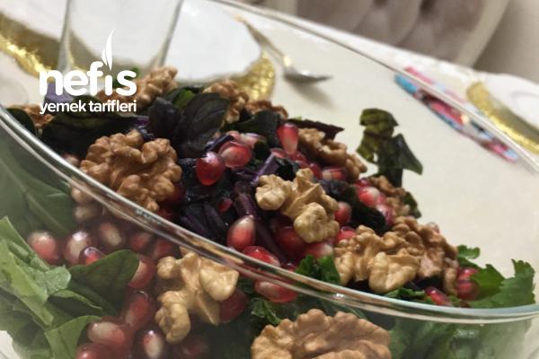 Narlı Cevizli Yeşillik Salata Tarifi