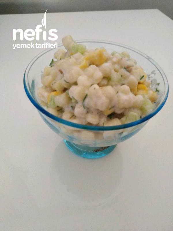 Salatalıklı Kuskus Salatası
