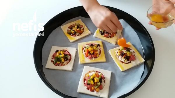 En Kolayından Mini Pizzalar(videolu)
