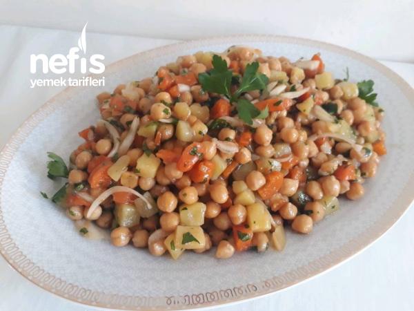 Kaşık Kaşık Yediren Zeytinyağlı Nohut Salatası