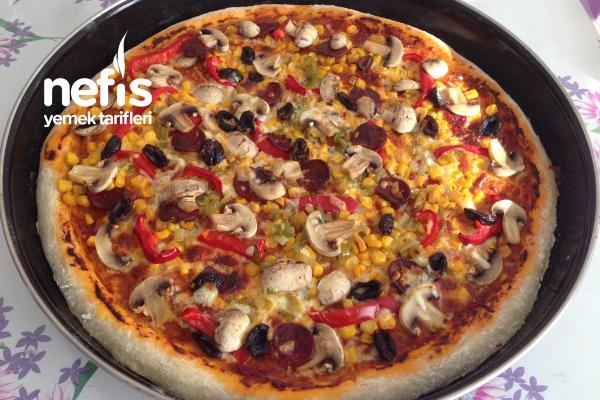 Pizza (Karışık) Tarifi