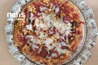 5 Dakikada Pizza Yapımı Tarifi