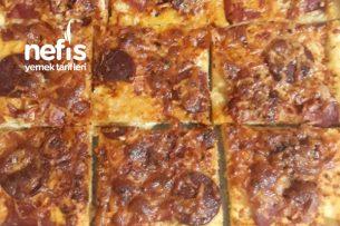 Evde Az Malzemeli Çabuk Pizza Tarifi