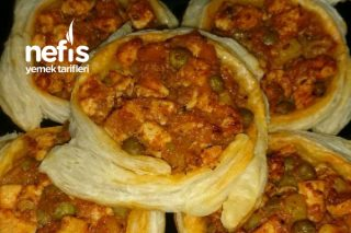 Tavuklu Milföy Böreği (Lezzeti Müthiş) Tarifi