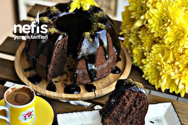 Çikolata Soslu Sünger Kek Tarifi