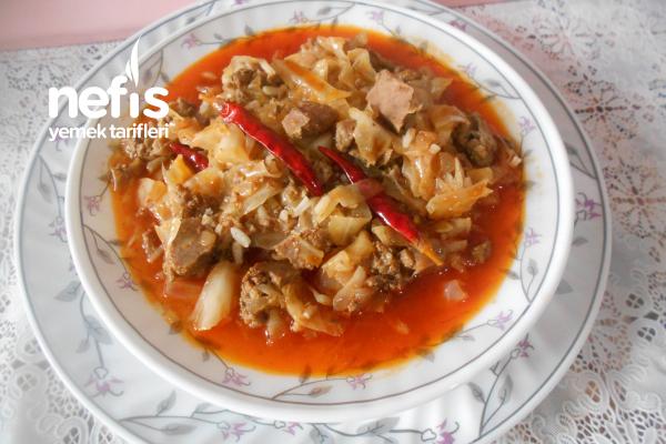 Kavurmalı Pirinçli Acılı Kapuska Yemeği Tarifi