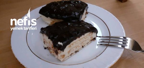 çikolata Soslu Bisküvili Tavuk Göğsü
